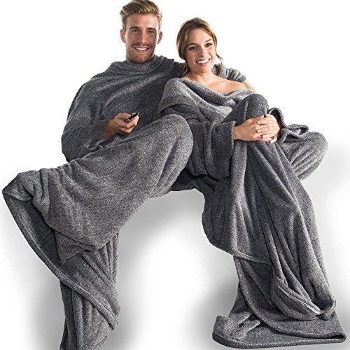 CelinaTex Calgary Kuscheldecke mit Ärmel und Fuß Tasche, Mikrofaser Decke Coral Fleece, Tagesdecke XXL schwarz weiß, 170 x 200 cm 5000017