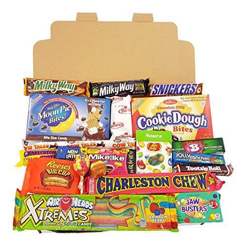 Geschenkkorb mit amerikanischen Süßigkeiten | Retro Schokoriegel und Süßwaren | Auswahl beinhaltet Reeses, Hersheys, Jelly Belly, M&M | 17 Produkte in einem Retro Süßigkeitenkorb